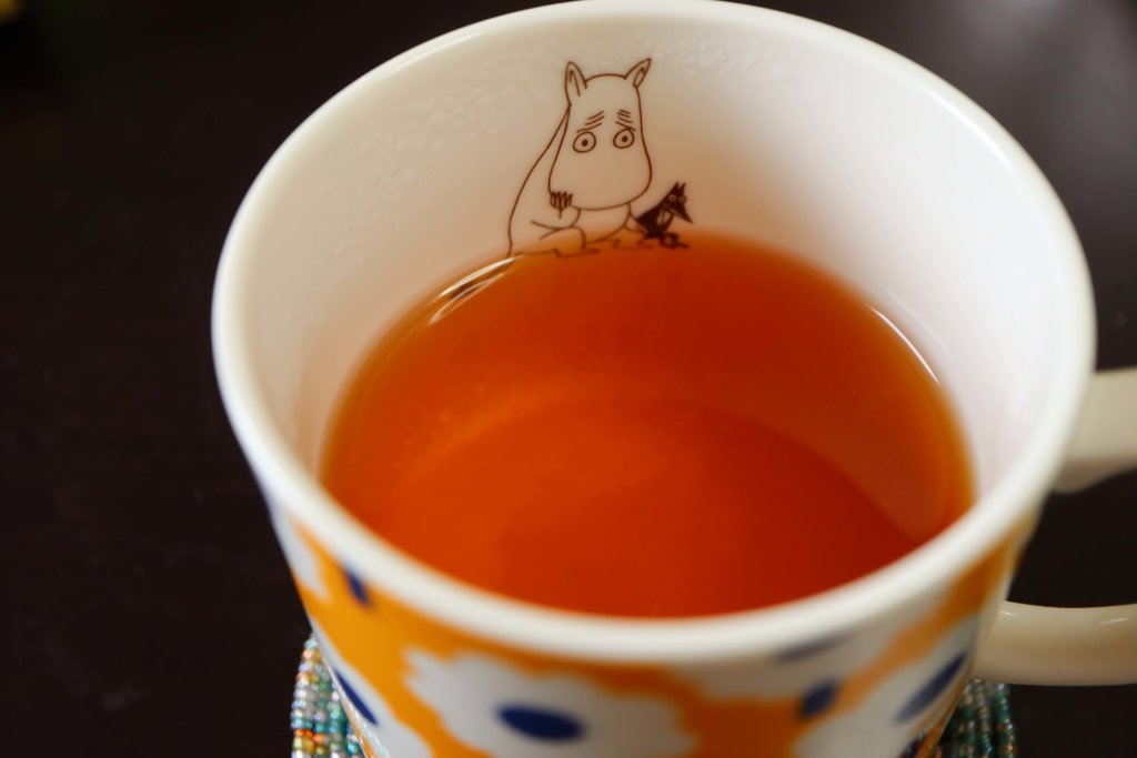 紅茶に入れたラフランスとはちみつ