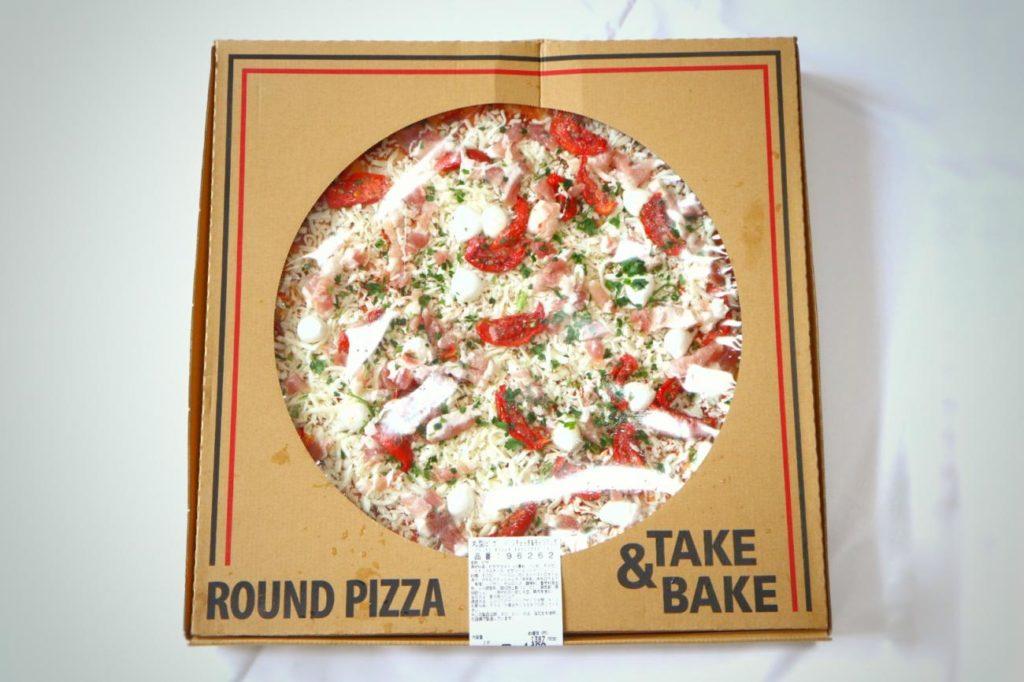 コストコで購入したピザ、モッツアァレラ&パンチェッタ