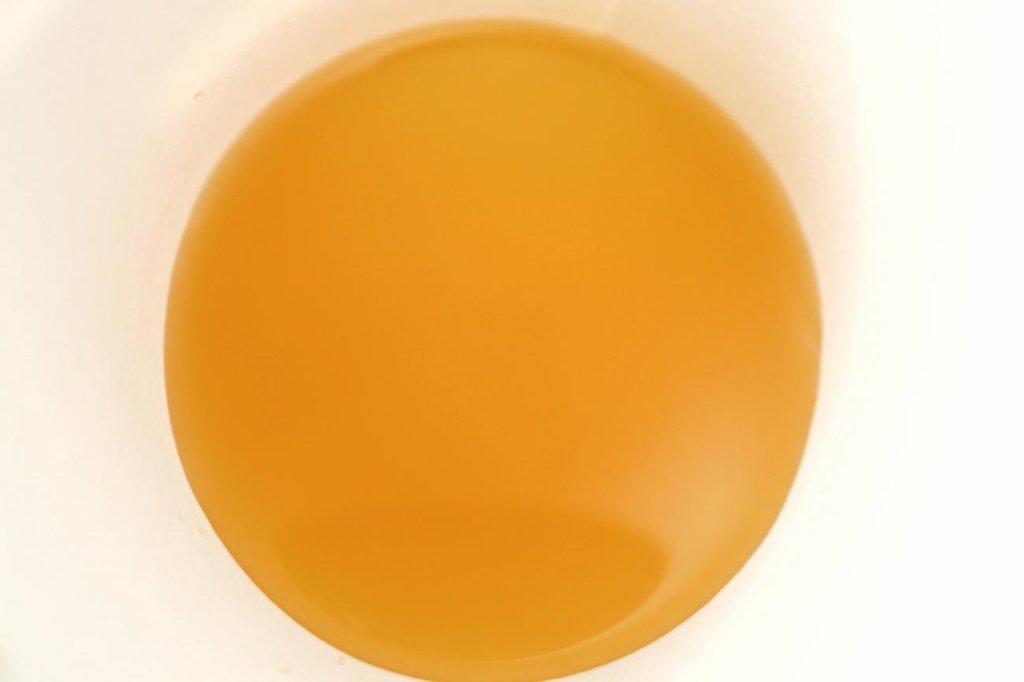 100%オーガニックのマンゴーミックスジュース
