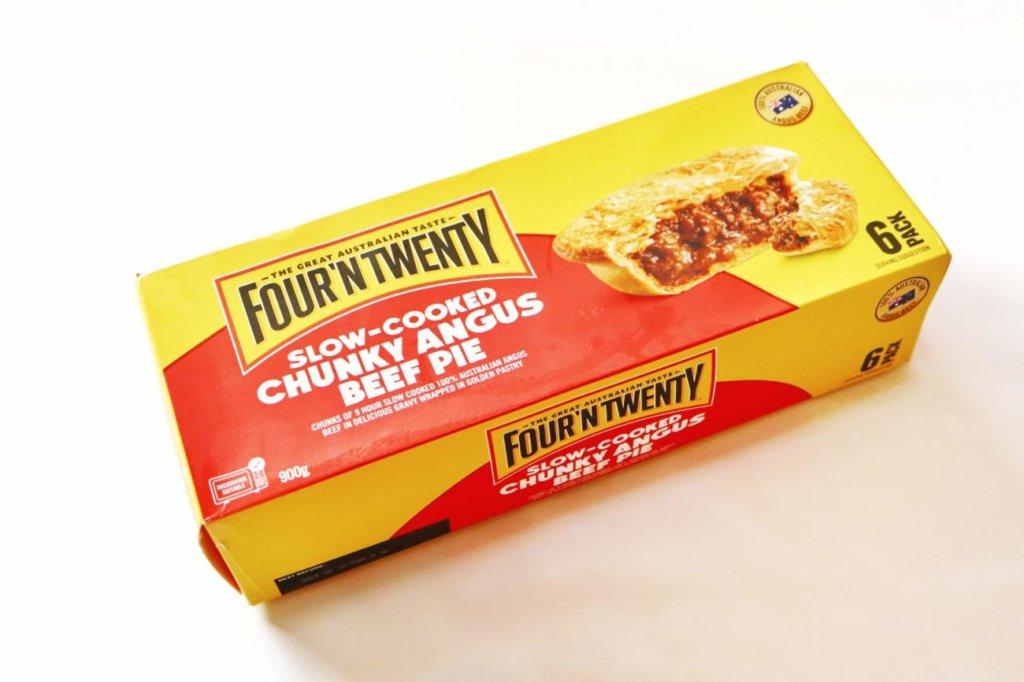 コストコで購入したFOUR'NTWENTYのアンガスビーフパイ