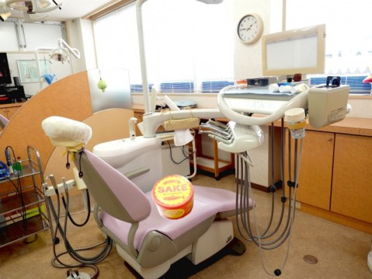歯科医院と鮭の中骨水煮