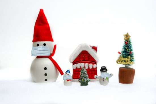 クリスマスと4層プレミアムマスク