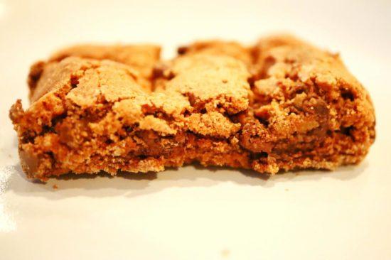 横から見たブラウニークッキー