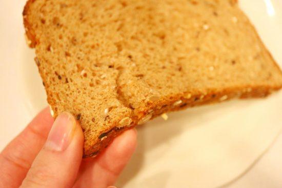 すぐ割れるオーガニックパン