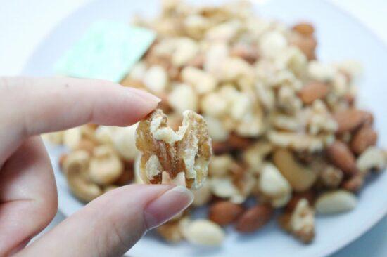 素焼きミックスナッツの大きさ
