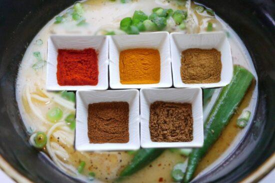 カレースパイスパウダーと味千拉麺
